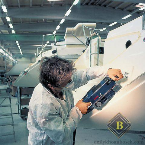 Hình ảnh thi công thực tế cùng máy chà nhám băng Bosch GBS 75 A
