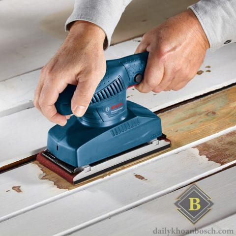 Bosch GSS 2300 hỗ trợ xử lý nhanh chóng các bề mặt gỗ